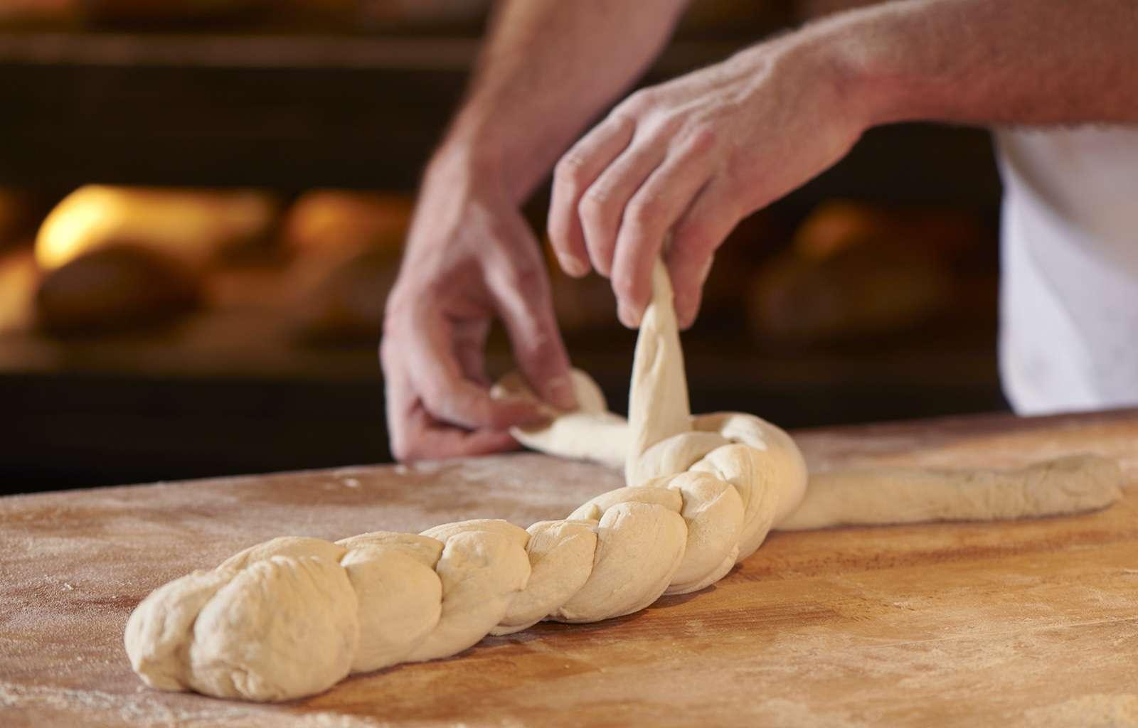 Teigherstellung - frisches Brot