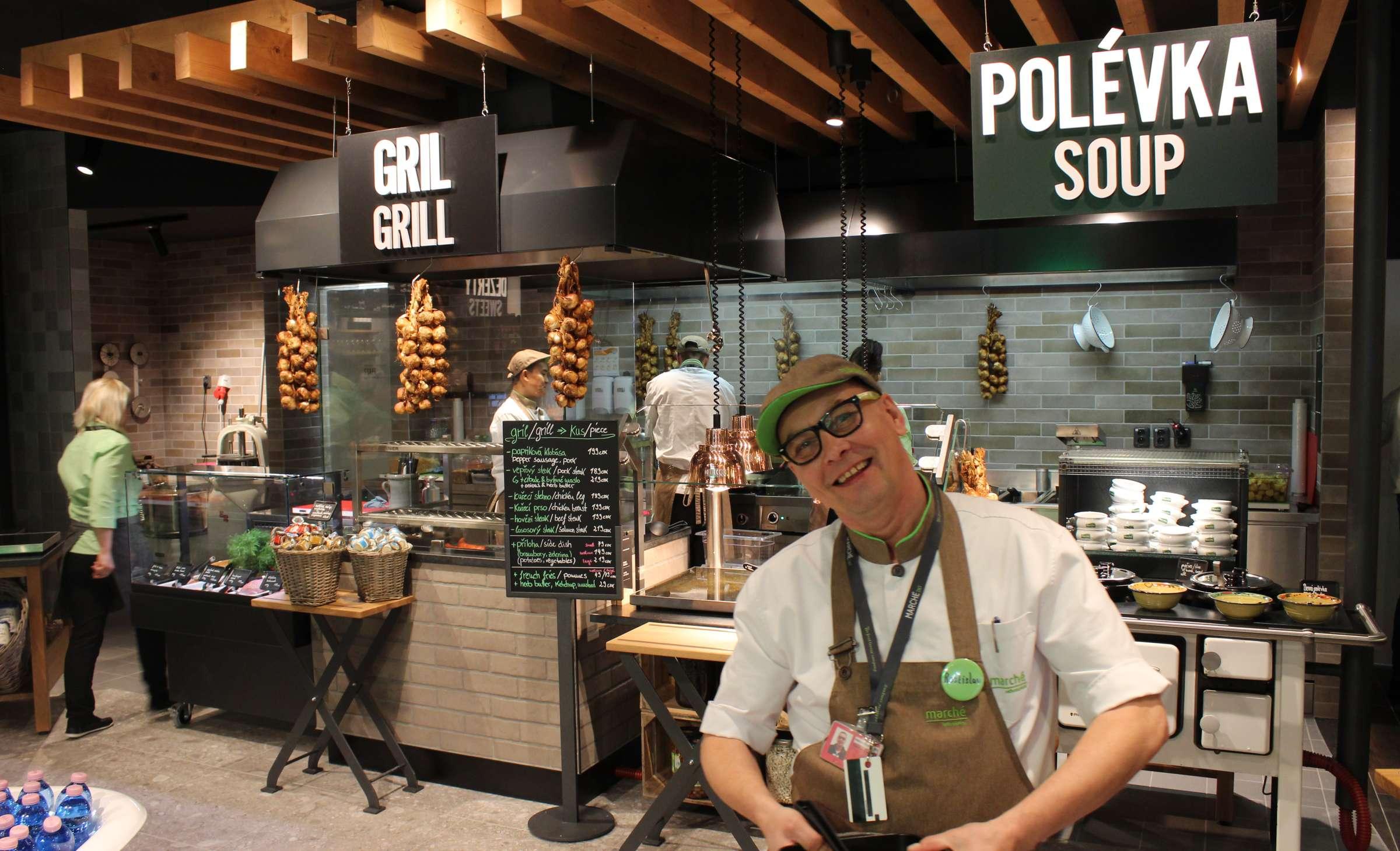 Marché Mövenpick Prague Airport soup grill