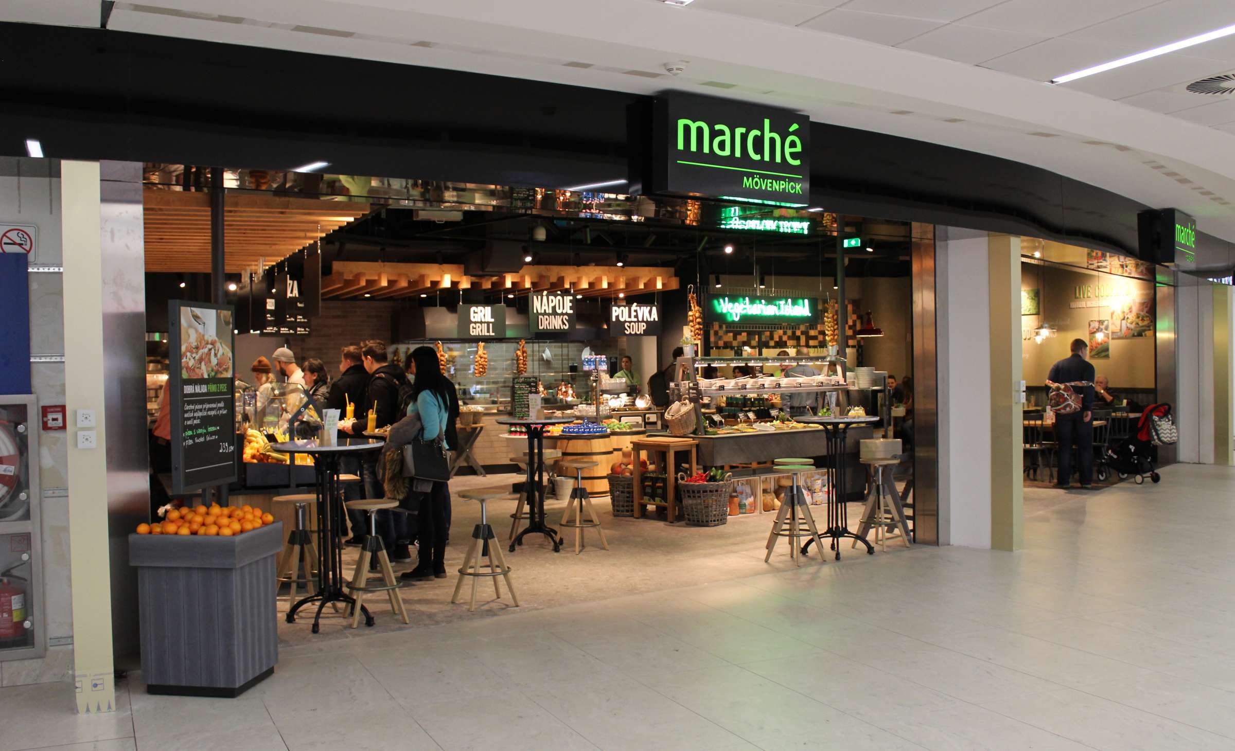 Marché Restaurant at Prague Airport