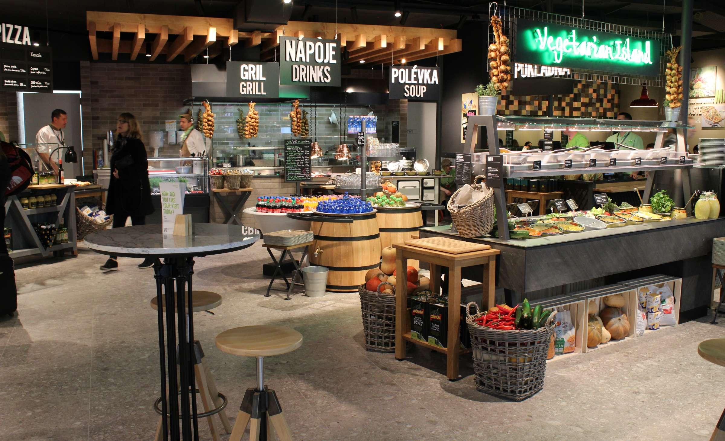 Marché Mövenpick Prague Airport Vegetarian Island