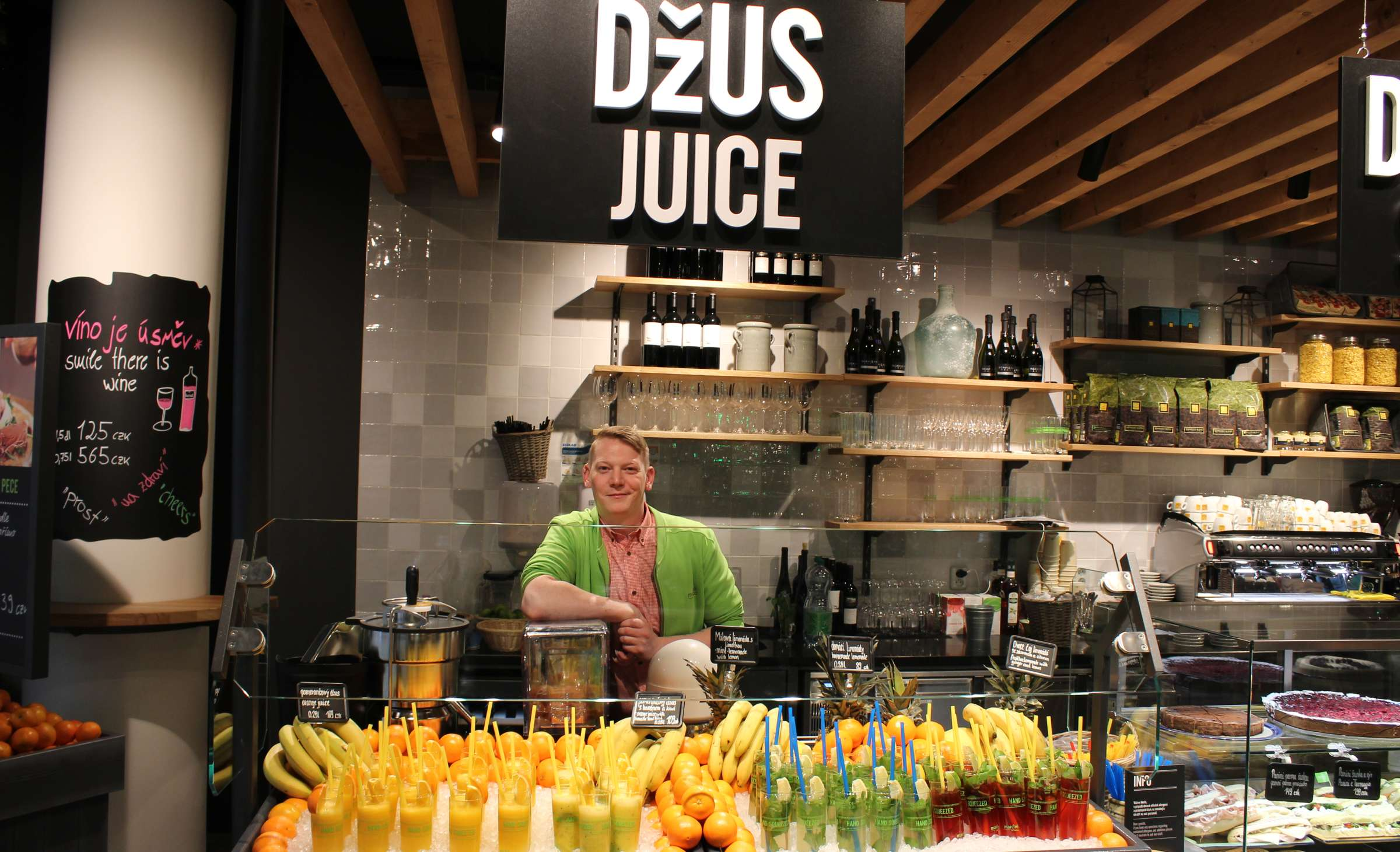 Marché Mövenpick Prague Airport Juice Bar